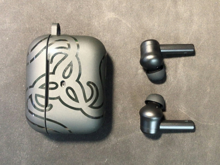 Razer_Hammerhead_True_Wireless_Pro_08.jpg