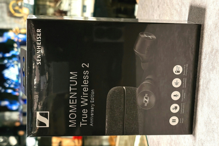 SENNHEISER_MOMENTUM_True_Wireless_2_Anniversary_Edition_01.jpg