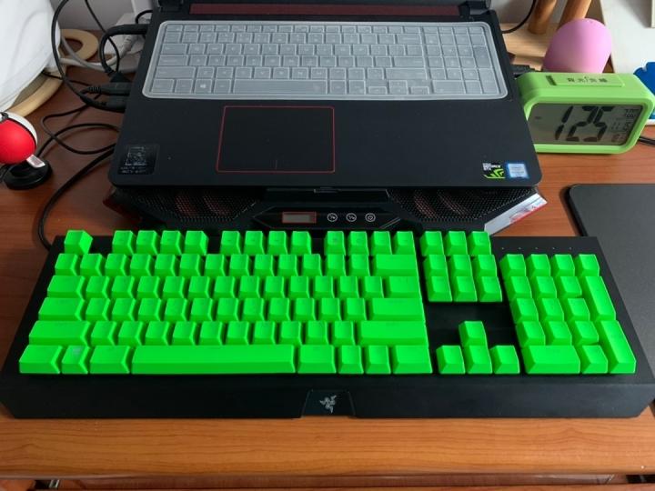 Show_Your_Mechanical_Keyboard_Part134_22.jpg