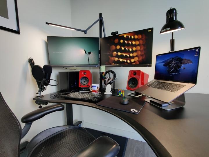 Show_Your_PC_Desk_Part199_23.jpg