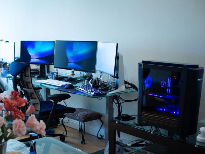 Show_Your_PC_Desk_Part199_90.jpg