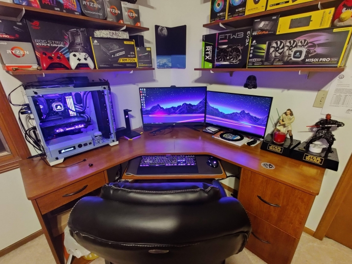 Show_Your_PC_Desk_Part199_97.jpg