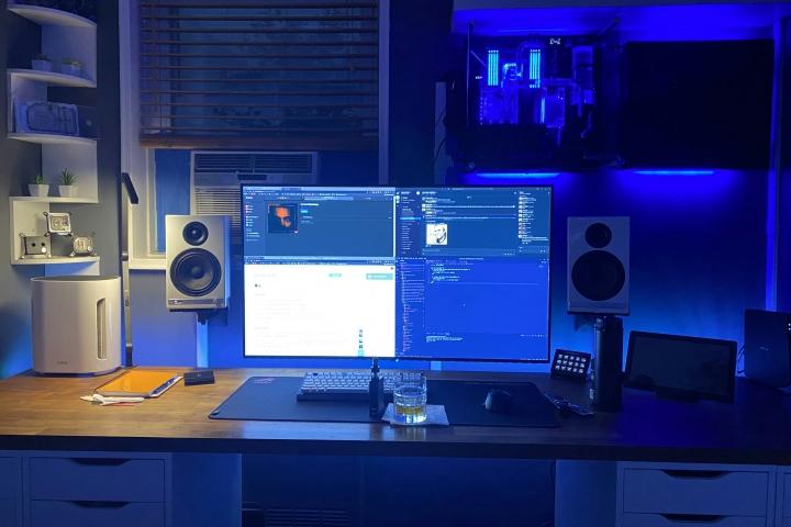 Show_Your_PC_Desk_Part200_01.jpg