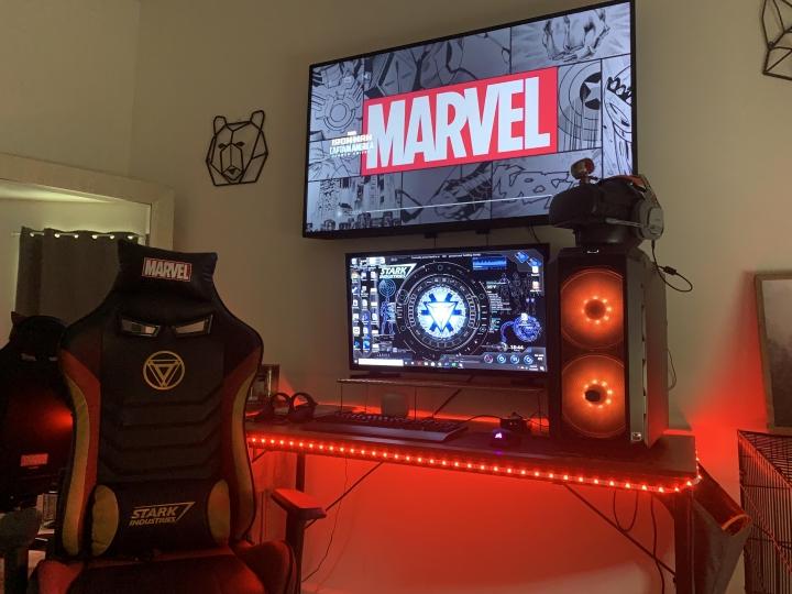 Show_Your_PC_Desk_Part200_07.jpg