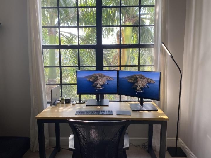 Show_Your_PC_Desk_Part200_12.jpg
