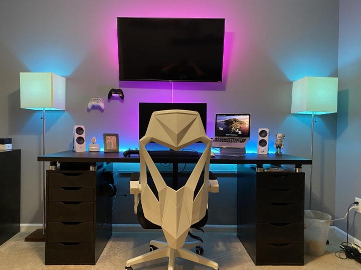 Show_Your_PC_Desk_Part200_27.jpg