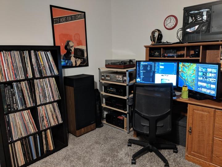 Show_Your_PC_Desk_Part200_36.jpg