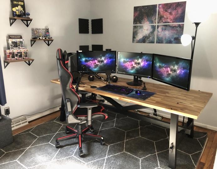 Show_Your_PC_Desk_Part200_40.jpg
