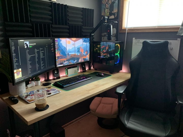 Show_Your_PC_Desk_Part200_41.jpg