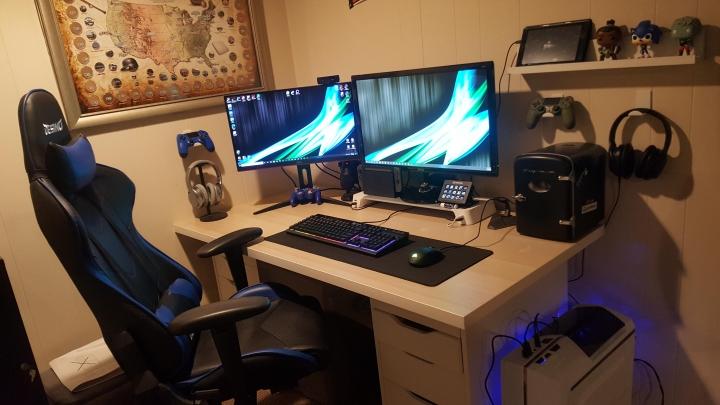 Show_Your_PC_Desk_Part200_51.jpg