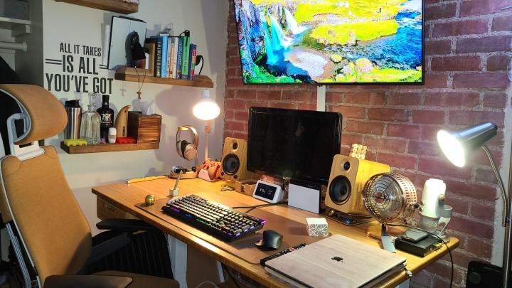 Show_Your_PC_Desk_Part200_56.jpg