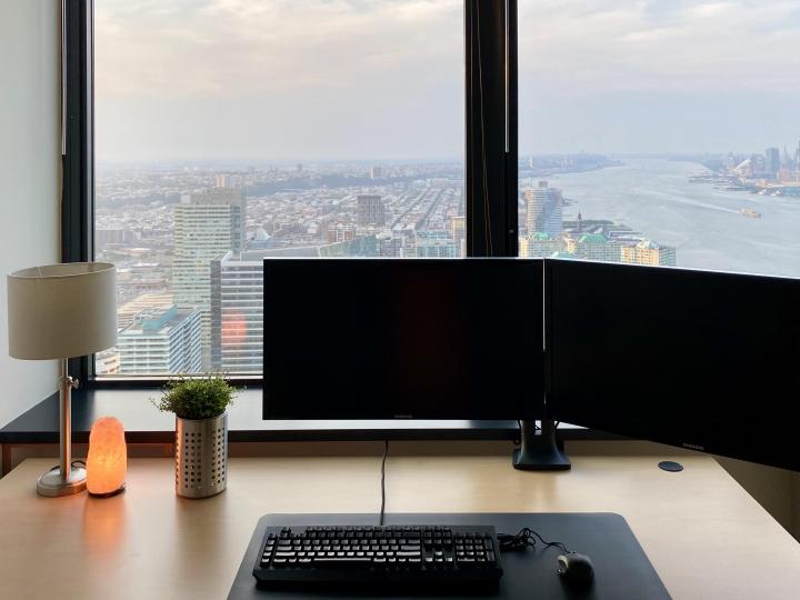 Show_Your_PC_Desk_Part200_64.jpg