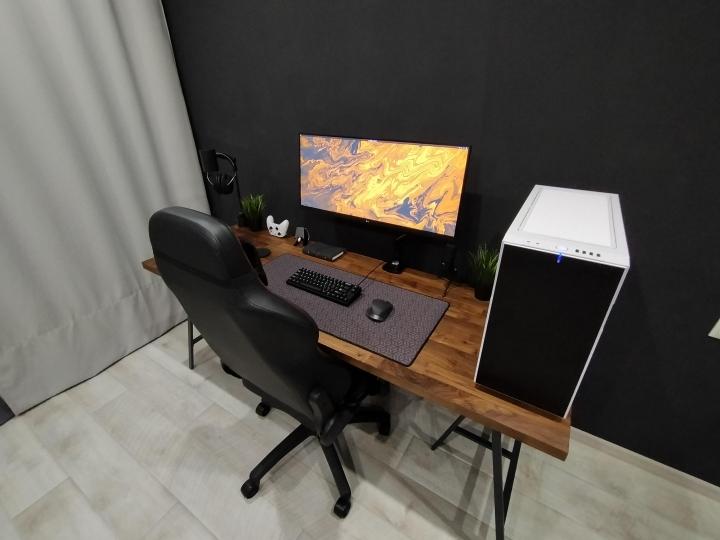 Show_Your_PC_Desk_Part200_78.jpg
