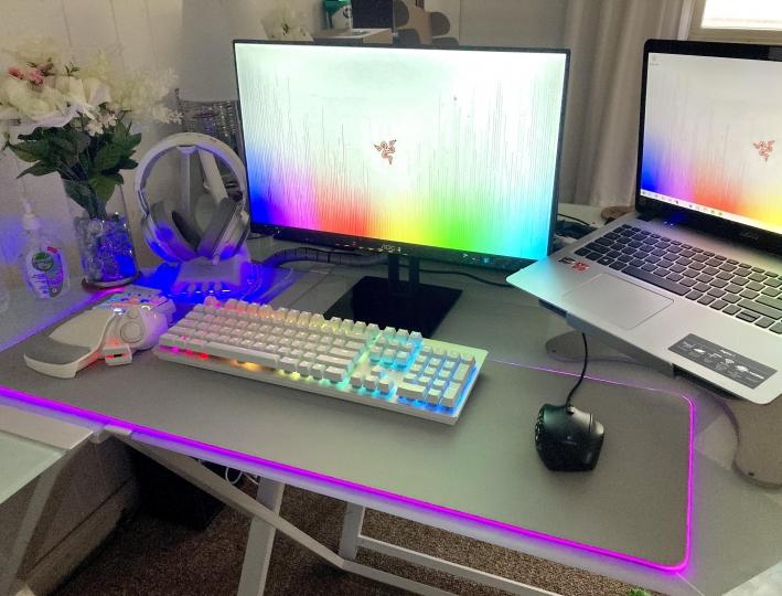 Show_Your_PC_Desk_Part200_89.jpg