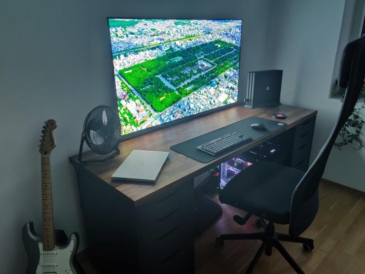 Show_Your_PC_Desk_Part200_97.jpg