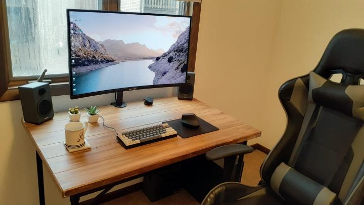 Show_Your_PC_Desk_Part202_12.jpg