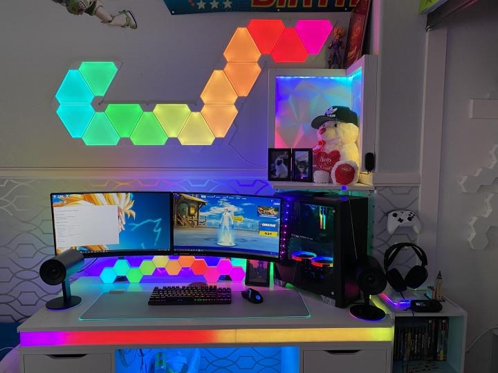 Show_Your_PC_Desk_Part202_35.jpg