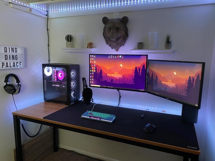 Show_Your_PC_Desk_Part202_45.jpg