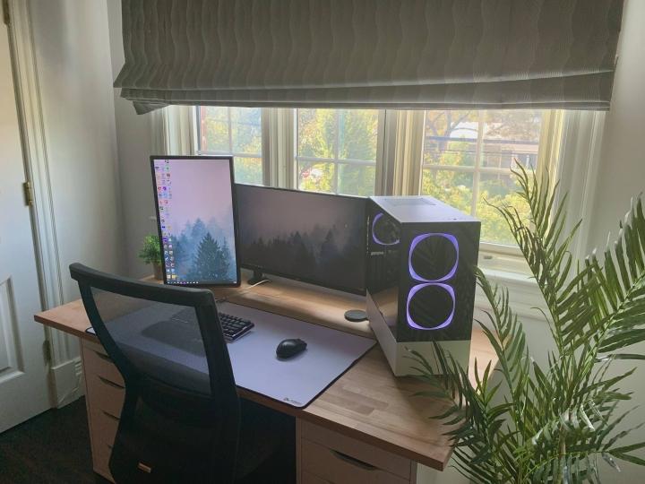 Show_Your_PC_Desk_Part202_83.jpg