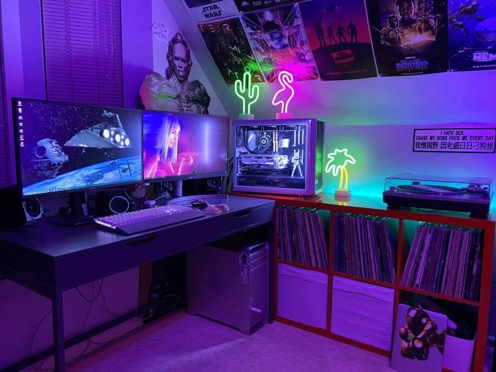 Show_Your_PC_Desk_Part202_87.jpg