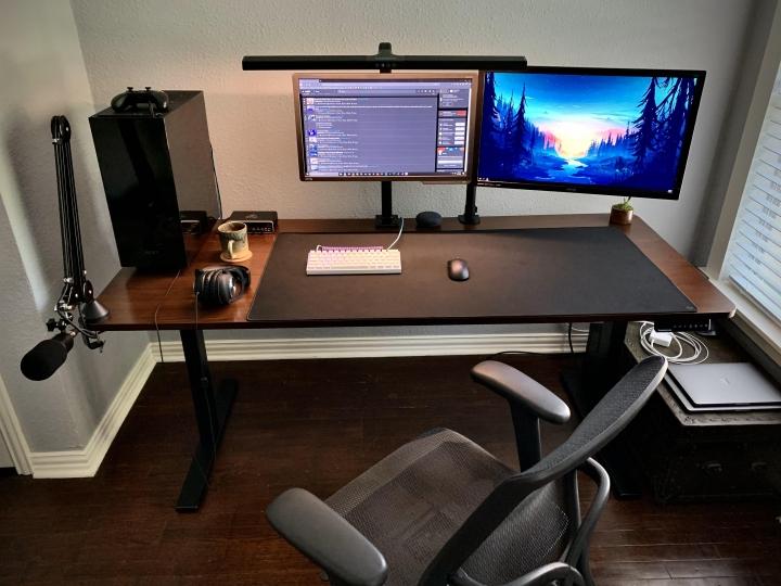 Show_Your_PC_Desk_Part202_98.jpg