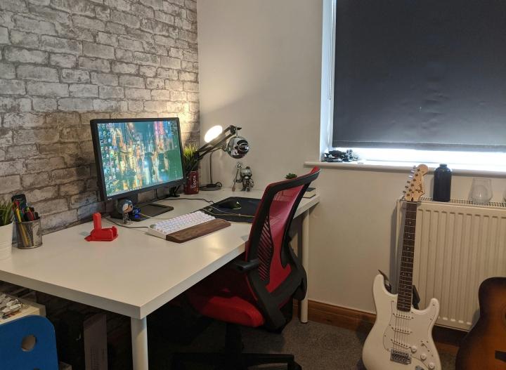 Show_Your_PC_Desk_Part203_21.jpg