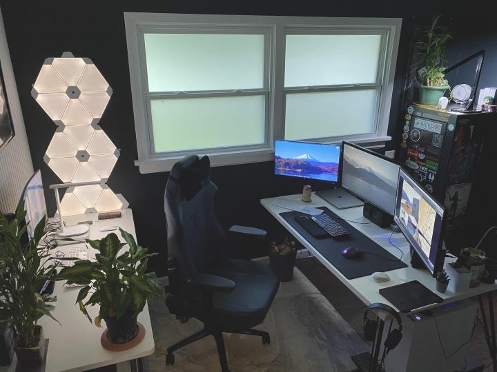 Show_Your_PC_Desk_Part203_22.jpg