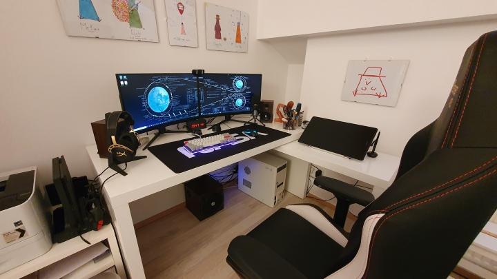 Show_Your_PC_Desk_Part203_61.jpg