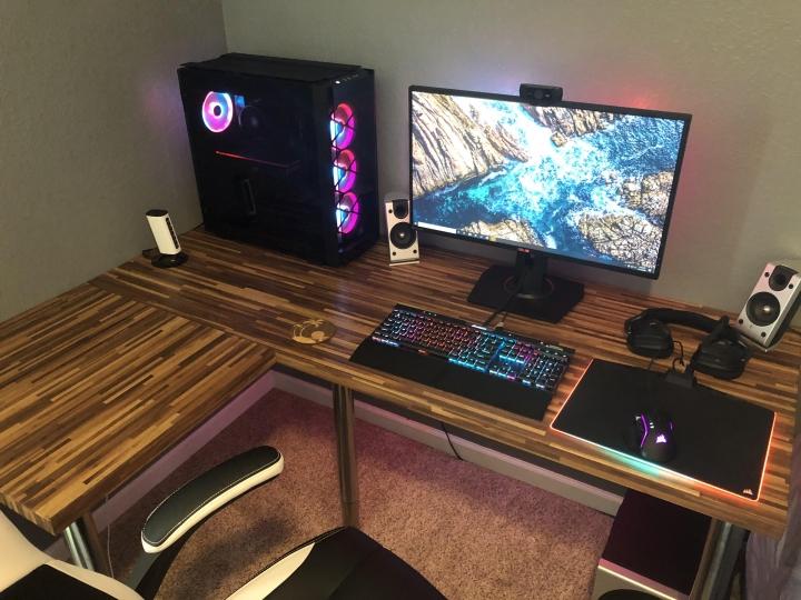 Show_Your_PC_Desk_Part203_67.jpg