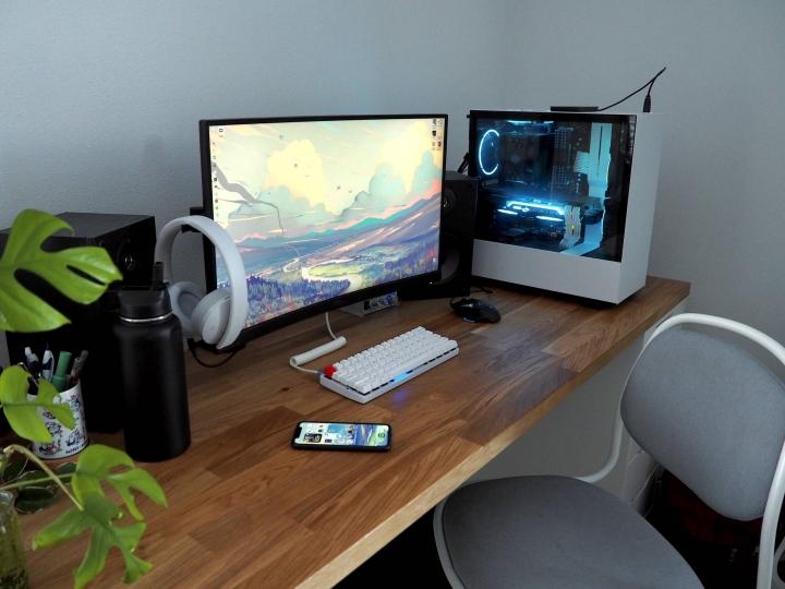 Show_Your_PC_Desk_Part203_74.jpg