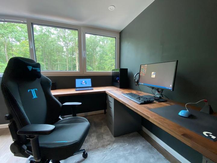 Show_Your_PC_Desk_Part203_78.jpg