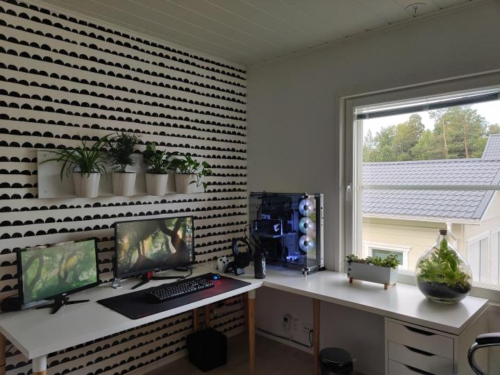 Show_Your_PC_Desk_Part204_15.jpg
