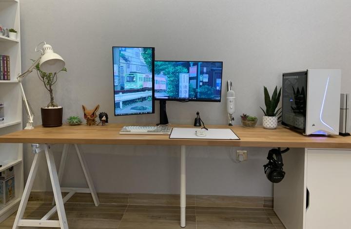 Show_Your_PC_Desk_Part204_17.jpg