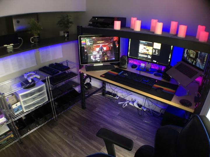 Show_Your_PC_Desk_Part204_22.jpg