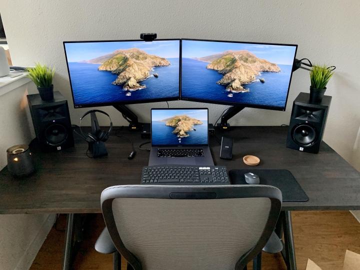 Show_Your_PC_Desk_Part204_24.jpg