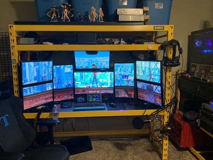 Show_Your_PC_Desk_Part204_30.jpg