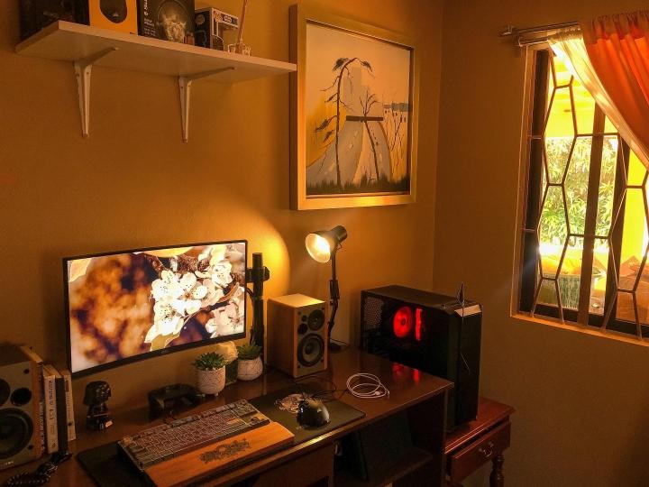 Show_Your_PC_Desk_Part204_42.jpg