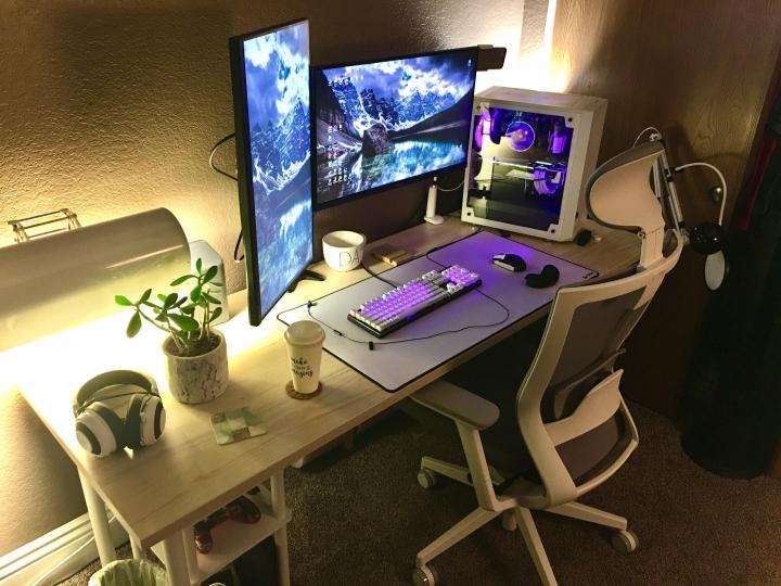 Show_Your_PC_Desk_Part204_44.jpg