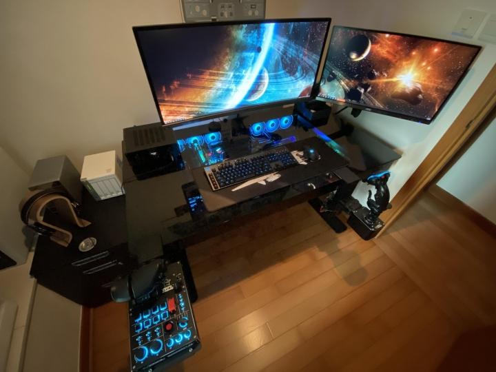 Show_Your_PC_Desk_Part204_48.jpg