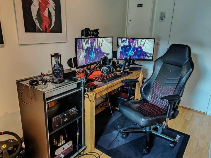 Show_Your_PC_Desk_Part204_56.jpg