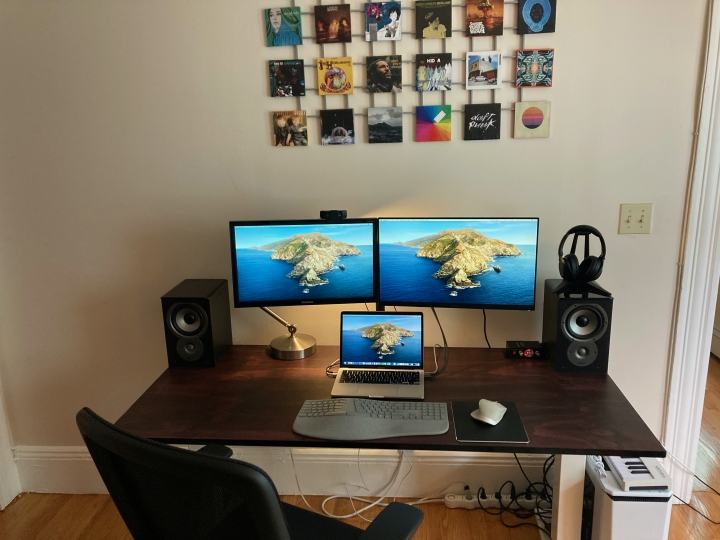 Show_Your_PC_Desk_Part204_67.jpg