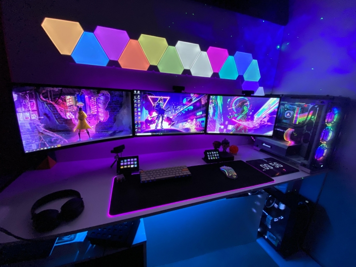 Show_Your_PC_Desk_Part204_69.jpg