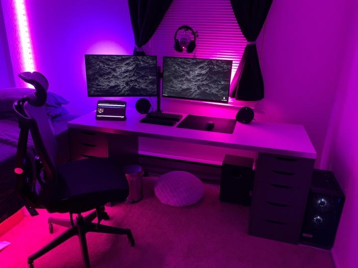 Show_Your_PC_Desk_Part204_70.jpg