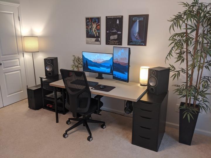 Show_Your_PC_Desk_Part204_73.jpg