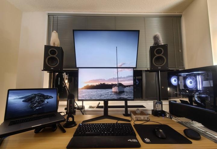 Show_Your_PC_Desk_Part204_81.jpg