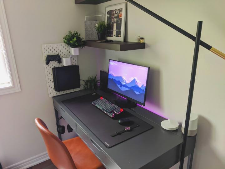 Show_Your_PC_Desk_Part204_95.jpg