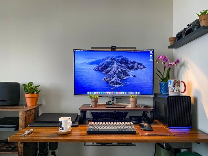 Show_Your_PC_Desk_Part205_10.jpg