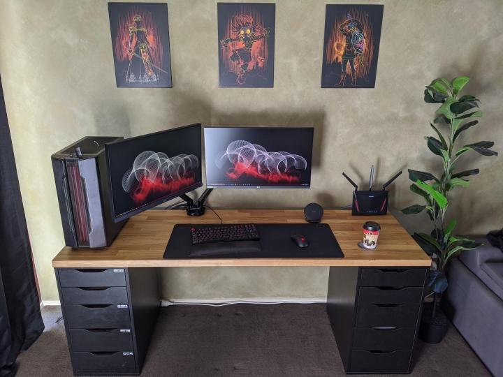 Show_Your_PC_Desk_Part205_31.jpg