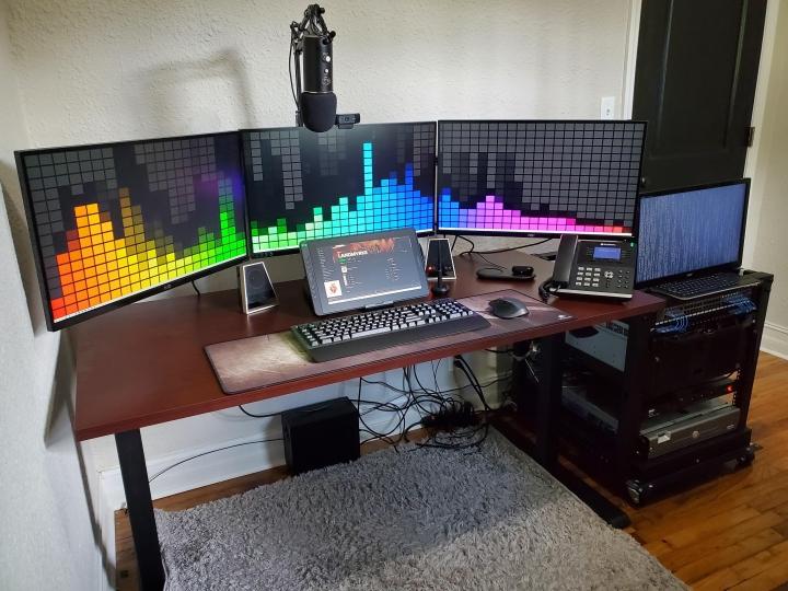 Show_Your_PC_Desk_Part205_57.jpg