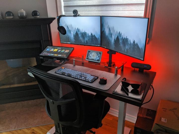 Show_Your_PC_Desk_Part205_62.jpg